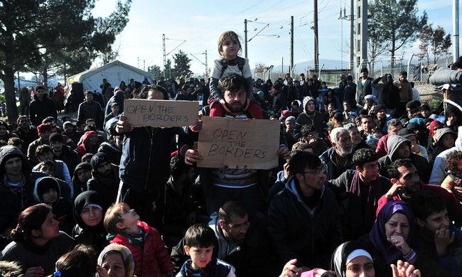 100 ezer szíriai tart a török határ felé