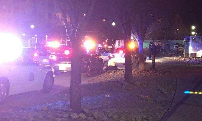 Rendőr lőtt le egy tinédzsert, aki seprűnyéllel tüntetett