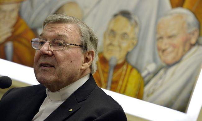 Ferenc pápa segítségét kérték a pedofilbotrány áldozatai
