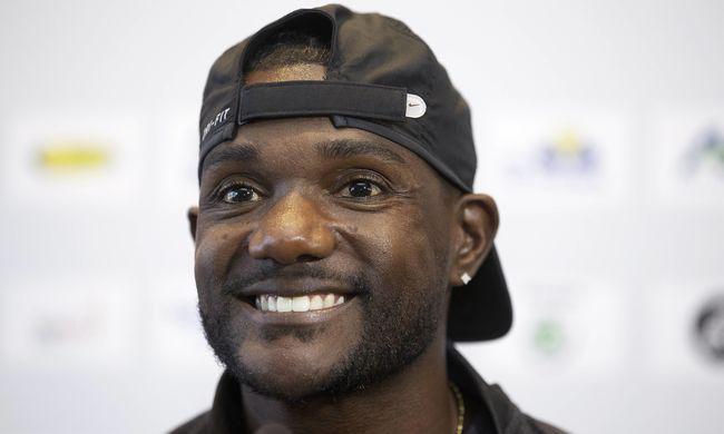 Szélgéppel döntött világrekordot az amerikai sprinter