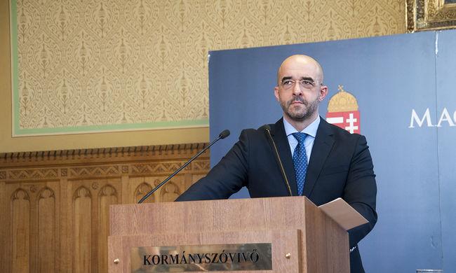Kormányszóvivő: a terroristák célpontjai között van Magyarország