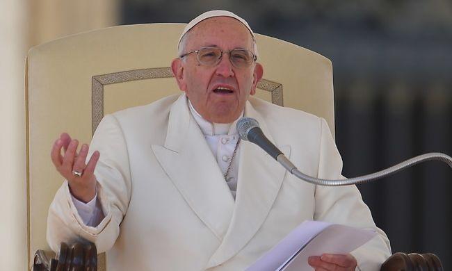 Pénzgyűjtést hirdetett Ukrajnáért Ferenc pápa