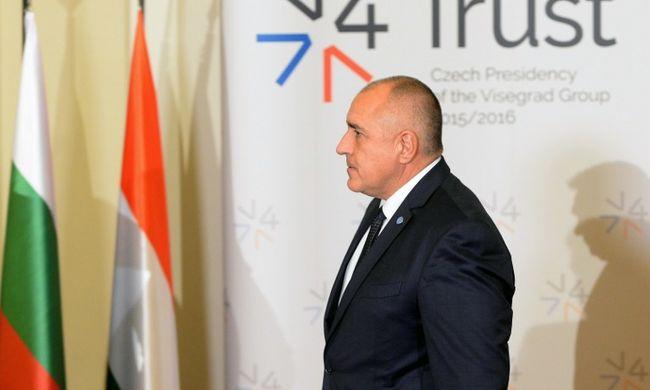 400 bolgár katonát küldenek a határhoz a migránsok ellen