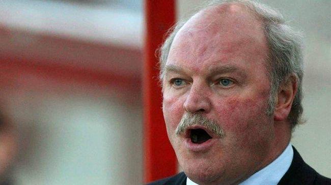 29 év után lemondott a fociedző, aki megdöntötte Ferguson rekordját