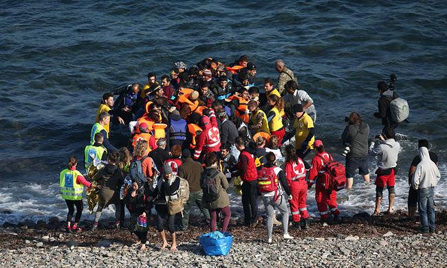 Az átkelés ára: gyilkosságra kényszerítik a migránsokat a csempészek