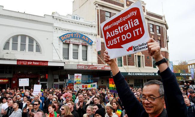 Ausztráliában még az idén legális lehet a melegházasság