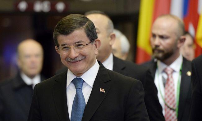 Törökország további hárommilliárdot kér az Európai Uniótól