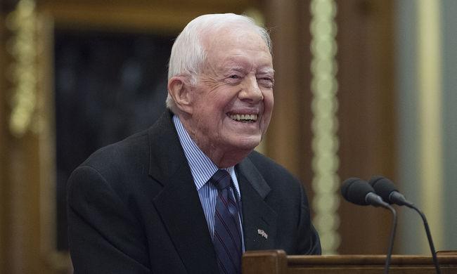 Jimmy Carter kigyógyult a rákból