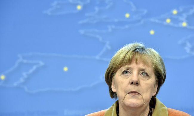 """""""Most jön Merkel élethalálharca"""""""
