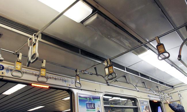Pótlóbuszok járnak a metró helyett
