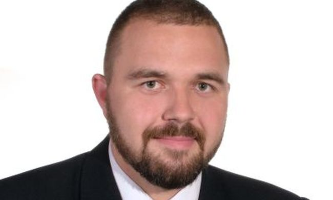 Jobbikos a polgármester: nem léphetett fel a cigány énekes
