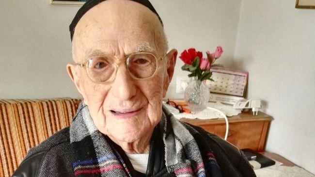 Egy 112 éves izraeli holokauszttúlélő lett a világ legöregebb férfija