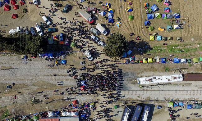 Több alternatív útvonalon is érkezhetnek a migránsok