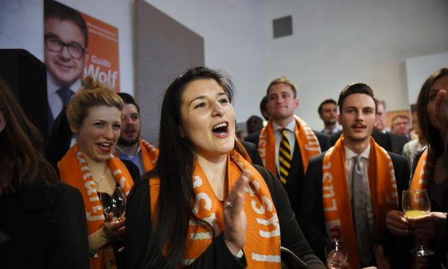 Ismét Merkel pártja nyert Szász-Anhaltban, de elveszítette többségét