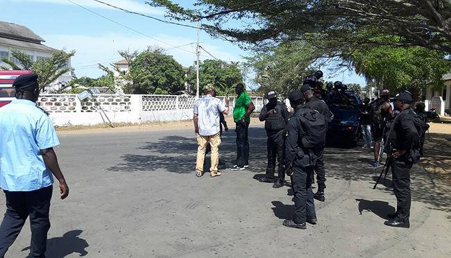 Halottak a tengerparton: terror a nyugati turistaparadicsomban Elefántcsontparton