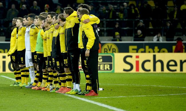 Meghalt egy szurkoló a Dortmund-meccs közben, nem ünnepelték a győzelmet