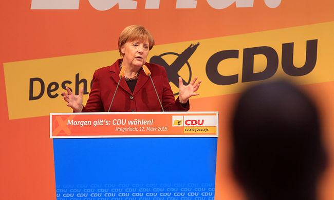 Merkel: a terrorizmus nem a migránsokkal érkezett