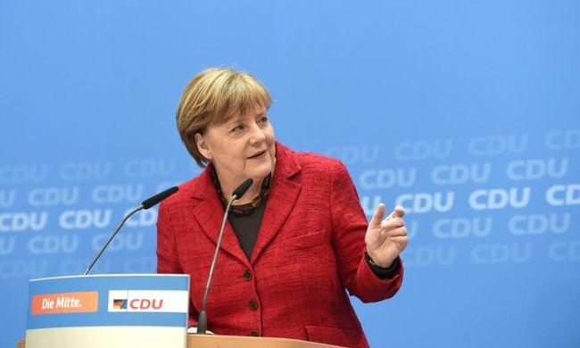 Merkel népszerűsége mélyrepülésben Németországban