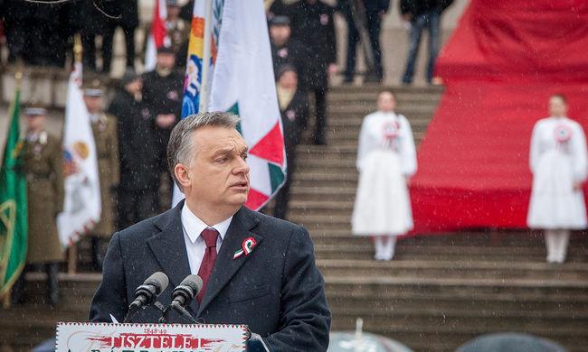 Politológus: Orbán Viktor azt üzente Brüsszelnek, az uniónak meg kell változnia