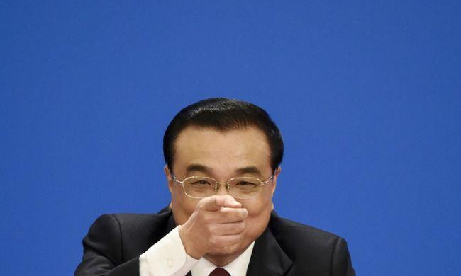 Leépítések lesznek a kínai állami cégeknél