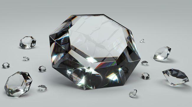 Elképesztő érték: felfoghatatlan mennyiségű gyémánt díszíti a rekorder órát