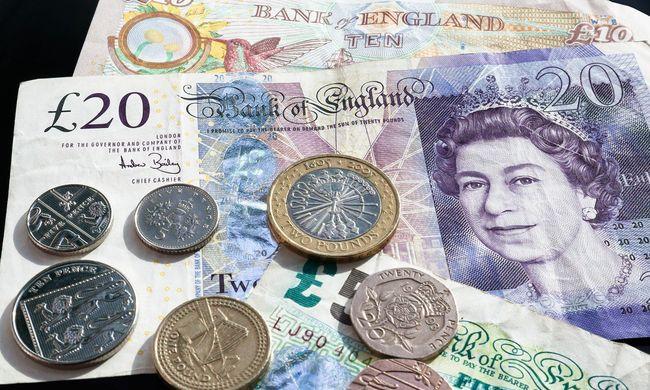 Máris megroggyant a brit gazdaság a brexit miatt
