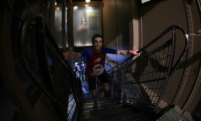 Rekordidő alatt futott fel az Eiffel-torony 1665 lépcsőfokán