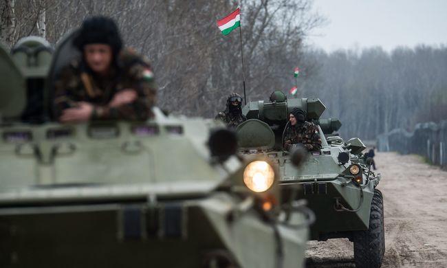 Meglátogatja a határon szolgáló katonákat a Honvéd Vezérkar Főnöke