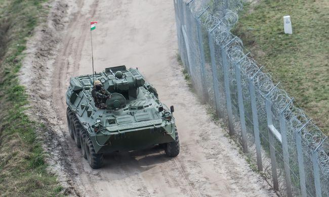 Szolgálatban a BTR-ek: szigorú ellenőrzés a magyar-szerb határon
