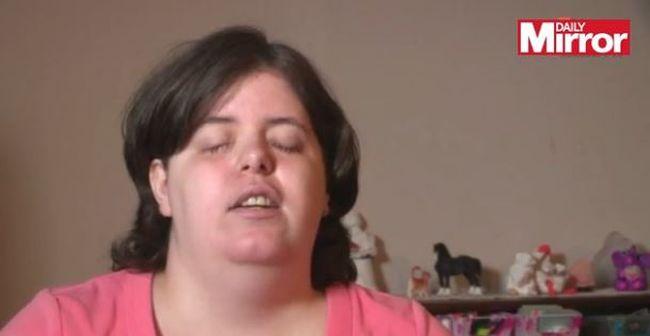 Direkt vakította meg magát a nő a lefolyótisztítóval testképzavara miatt