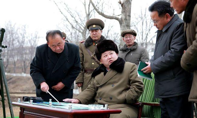 Észak-Korea átfogó hadgyakorlatot tart