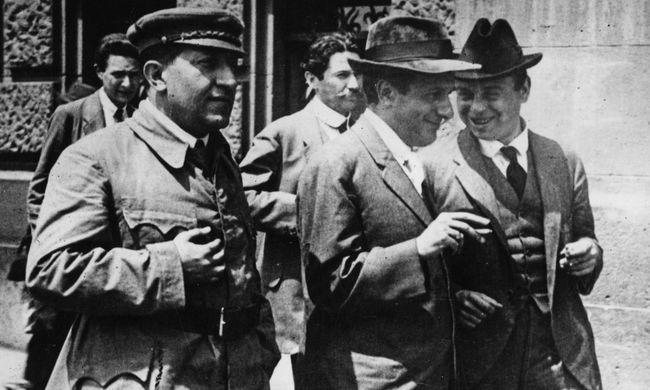 Gellért Ádám: 1919. március 21 - 97 éve kezdődött a Tanácsköztársaság