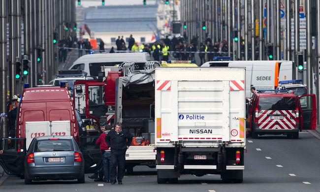 A terroristák rappelve oktatják ki a belga miniszterelnököt a brüsszeli merényletek miatt