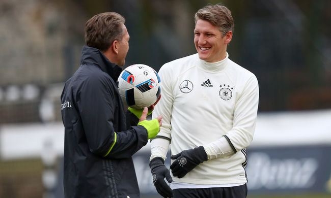 Súlyosan megsérült a német focisztár, lemaradhat az Eb-ről
