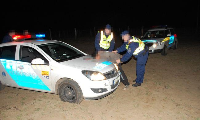 Autós üldözés után kapták el a bugaci rablókat - videó