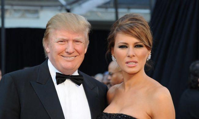Meztelen fotó: már egymás feleségét is támadják a republikánus jelöltek