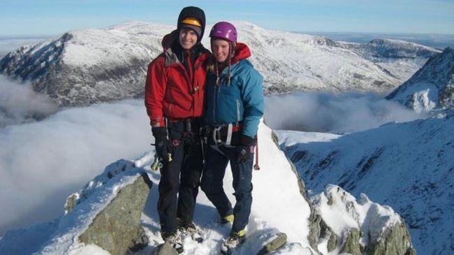 Megtalálták az eltűnt hegymászók holttestét