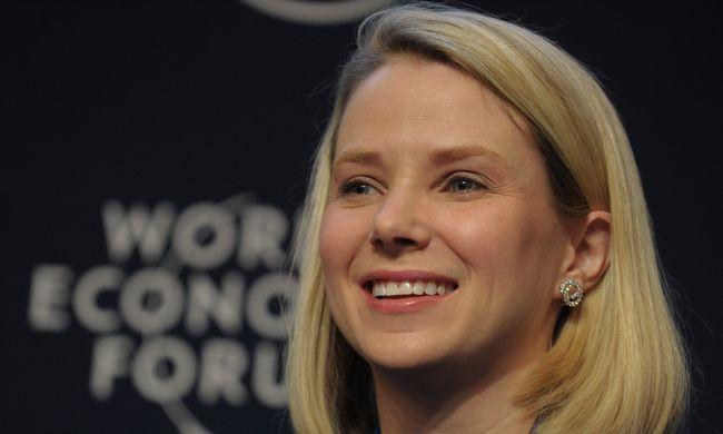 Ki akarják rúgni a Yahoo vezérigazgatóját