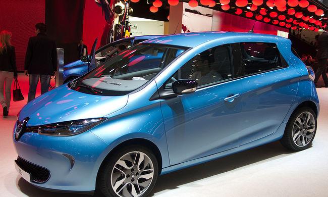 10 ezer elektromos autót hív vissza a Renault