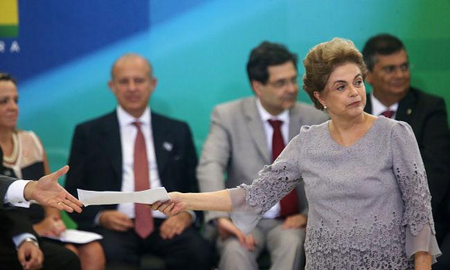 Felfüggesztették a brazil elnököt, más nyitja meg az olimpiát