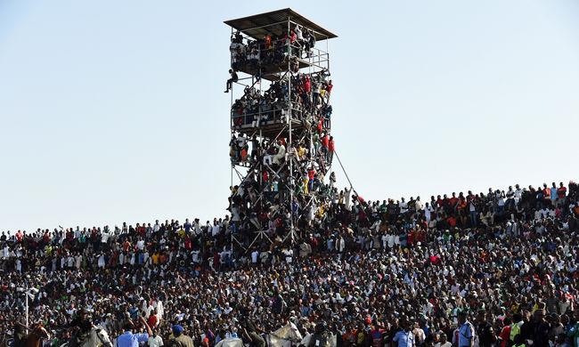 Csoda, hogy nem történt tragédia a Nigéria-Egyiptom selejtezőn - képek