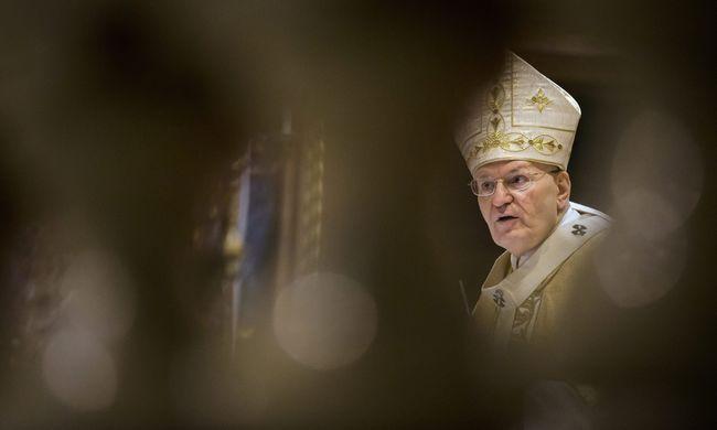 Erdő Péter: Jézus kereszthalálával feltöri a történelem burkát