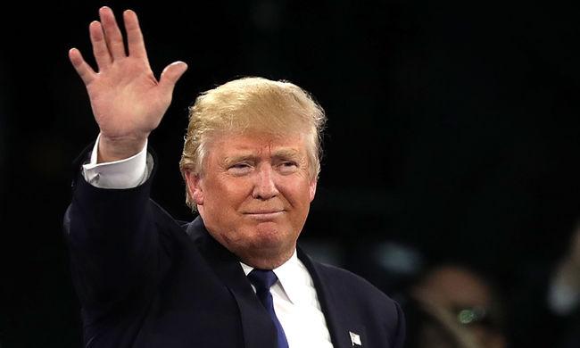 Elsöprő győzelmet aratott Trump, Cruz feladta a küzdelmet