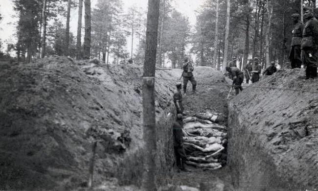 Tudták az auschwitzi perek vádlottjai, hogy mi zajlik a haláltáborban