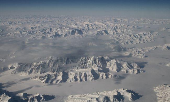 Rekordkorán kezdett olvadni a jég Grönlandon