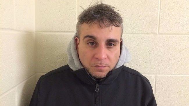 1400 csomag heroint rejtett a testébe egy férfi