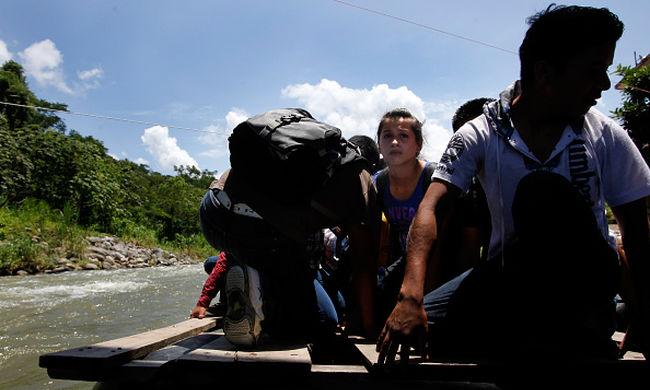 Tömegével utasítják ki az erőszak elől menekülő közép-amerikai gyerekeket Mexikóból