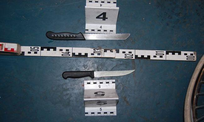 Leteperték és késsel fenyegették az eladót, majd a wc-be zárták