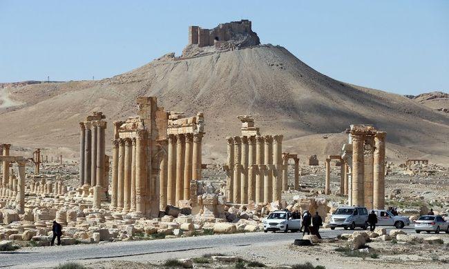 Megtalálták az Iszlám Állam robbanószerraktárát Palmürában