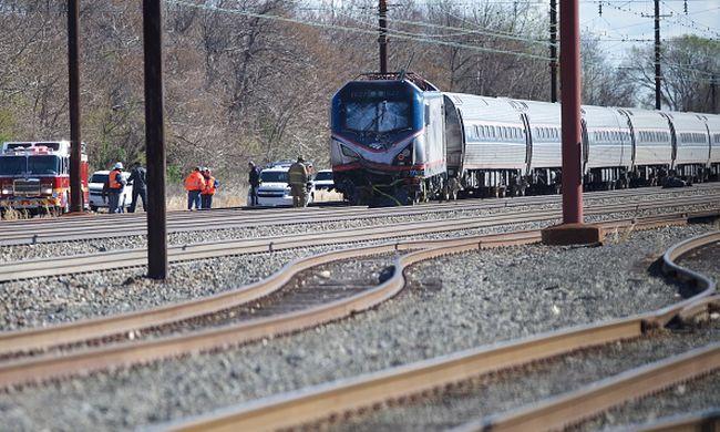 Ütközött és kisiklott egy vonat, többen meghaltak